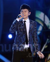 张杰献唱《爱不解释》