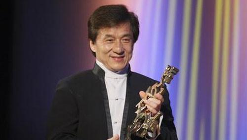成龙国际动作电影周明年启动 好友尚格·云顿现身助阵