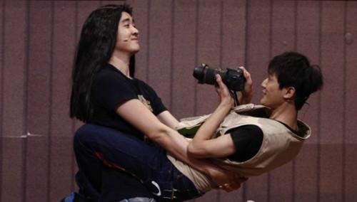 奇葩摄影师曹胤大玩人体支架